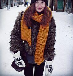 Fur coat, scarf