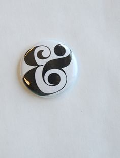 Black on White Swirly Ampersand Flair Button | Two Peas exclusive