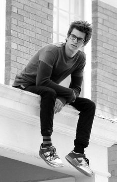 andrew garfield :) I like how the weirdest thing about you in 1st grade was having glasses and now..