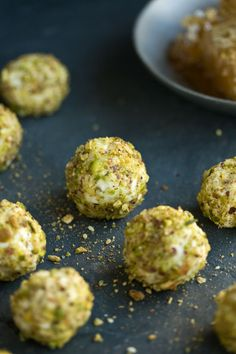 Goat cheese truffles with honey and pistachio