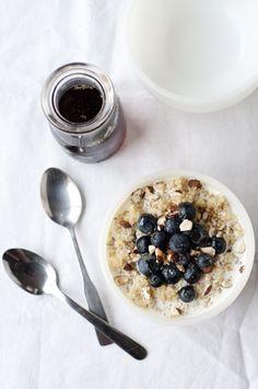 // breakfast quinoa with fresh berries