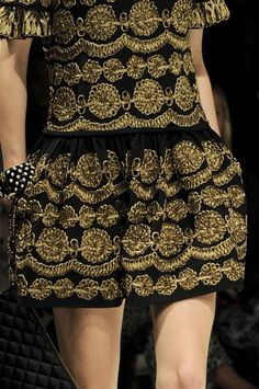 Moschino Fall 2012 - Details