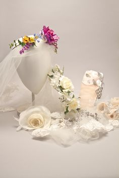 Pretty bridal accessories from Kleinfeld Bridal