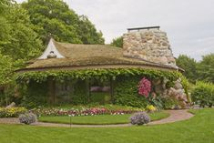 Mushroom Houses, Charlevoix, MI. Saw these, they are charming!