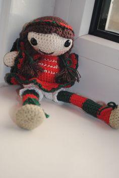"""crochet amigurumi pattern Star the little christmas elf. $4.50, via Etsy."" #Amigurumi  #crochet"