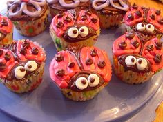 Adorable --- lady bug cupcakes ... too sweet!!