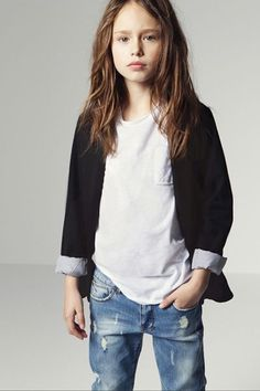 ♥ totally relaxed for the Thanksgiving break. Jeans etc. tween outfit