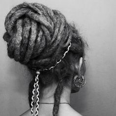 I hope my dreads will get so long and pretty!