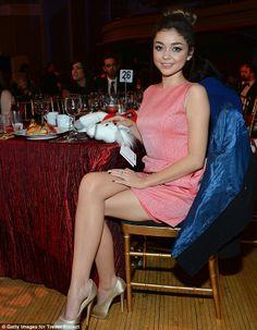 Sara Hyland crossed legs in a pink dress and gold heels is elegant. #legs #heels