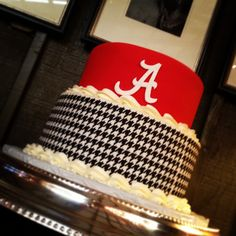 Alabama houndstooth print groom's cake
