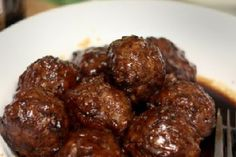 teryaki meatballs: 1/2 cup chopped green onions 2 tbsp. garlic powder 1/3 cup teriyaki sauce 3 tsp. chopped ginger root Preheat your oven to 350 degrees. Mix all ingredients in a bowl. Form 8 2oz. balls (for meals) or 16 1oz. balls (for appetizers). Place in a baking dish & bake 20-30 minutes. Enjoy! Number of Servings: 8 (101 cal)