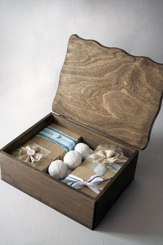 keepsake cookie gift box