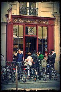 Bar on pinterest paris restaurants paris and concept stores - Un piano dans la theiere ...
