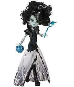 """Monster High """"Ghouls Rule"""" Frankie Stein...to be released fall 2012. I can't wait! She's awesome!"""