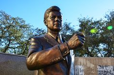 JFK Tribute - Retracing President Kennedys Final Days - Fort Worth, Texas