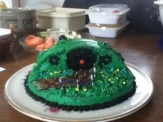 Lord of the rings party? Hobbit hole cake = nailed it!