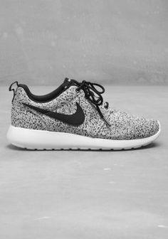 sneakers nike black, nike shoes roshes, nike rosh, men fashion, woman shoes