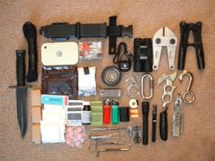 Tons of Bug Out Bags / 72 hr kits to see!
