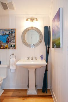 Porthole mirror in the bathroom!