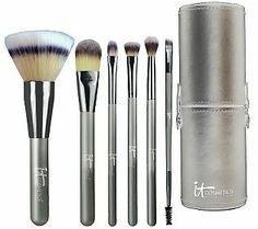 It Cosmetics Limited Edition 6-pc. Vanity Brush Collection. Brand new debut this weekend. Jamie's brushes are the best. Pricey but definitely worth it. This is a must for me!! :)