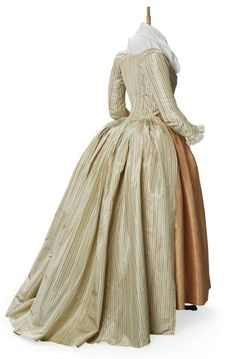 Robe a l'anglaise ca. 1790    From Christie's  Pinned from PinTo for iPad 