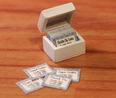 Miniature 1/12th Scale Recipe Box with Cards