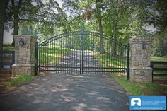 Google Image Result for http://www.automaticdrivewaygates.com/storage/images-with-blue-watermark/Residential-Metal-Driveway-Gate-Blue-Watermark.jpg%3F__SQUARESPACE_CACHEVERSION%3D1306172093242