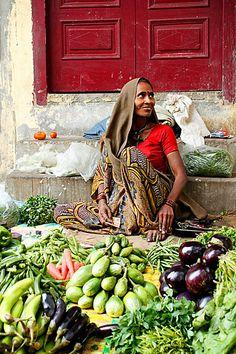 Street vendor. New Delhi. India.
