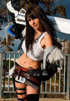 Lady Squall Cosplay (FFVIII)