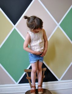 Definitely loving this harlequin pattern right now. picture via Little Miss Heirlooms.