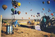 Balloon Fiesta throwback! Carolyn & Suzanne Runyan filming a QVC show on Balloon Fiesta field in 1999! #balloonfiesta #carolynpollack