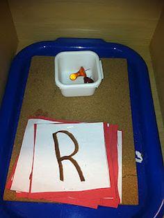 Montessori Pinning