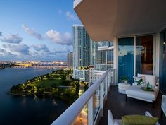 Enter twice online per day — once on HGTV.com and once on FrontDoor.com — for your chance to win HGTV Urban Oasis 2012, a luxurious high-rise apartment located in Paramount Bay, Miami's newest and swankiest residential hot spot.