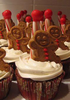 another cute North Pole cupcake idea