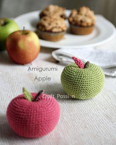 Manzana Amigurumi - Patrón Gratis en Español aquí: http://www.craftpassion.com/2014/09/big-apple-amigurumi.html/3