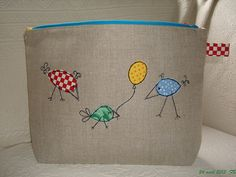 Back of pouch-birds