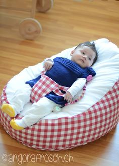 baby on pinterest baby skirt bandana bib and bean bags. Black Bedroom Furniture Sets. Home Design Ideas
