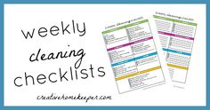 Weekly Cleaning Checklist {FREE printable} -Need help creating a cleaning routine that works? Check out these weekly cleaning checklists set up by rooms!