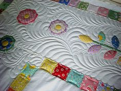 Dresden Plate Border Quilting in Progress, via Flickr. Longarm quilting by Judy Danz