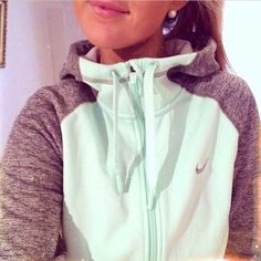 Mint<3 Grey<3 Nike<3. Gimme. (I have more sweatshirts than I care to admit... I'm addicted.)
