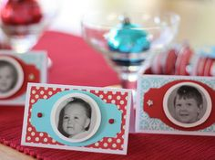 love these place settings .. fun , except all my baby pictures are me minus my clothes!