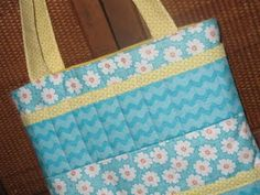 The Crafty Cupboard: How-To: Coloring Caddy