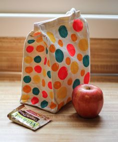 polka dotted lunch bag
