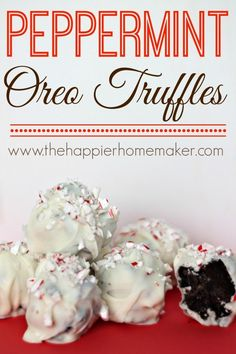 Peppermint Oreo Truffles-these taste amazing and make great treats for gifting during the holidays!
