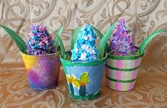 Tissue paper/Pinecone hyacinths in painted peat pots for M. Day?