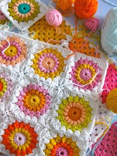Puffy granny squares - love the pattern, LOVE the color!