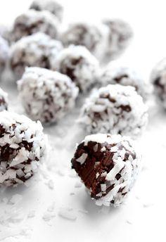 ... easy chocOlate truffles ...