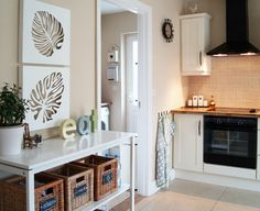 traditional kitchen by Violet Konieczna