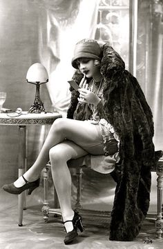 vintage lingerie, leg, vintage winter, vintag lingeri, 1920s party, lipstick, postcard, 1920s flapper, flapper girls