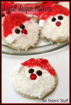 Santa Sugar Cookies- a simple circle is turned into the cutest Santa face! So easy to make. SixSistersStuff.com #cookie #Christmas